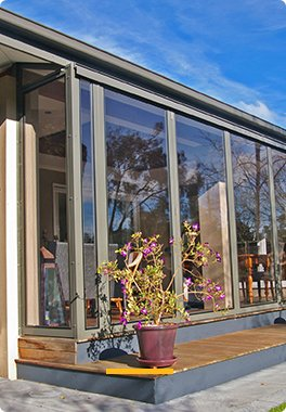 Elite Bi-Folds and Weatherwalls ™